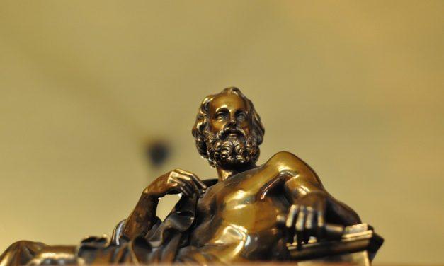 Plato dan Awal Mula (Karya) Sastra Sebagai Bahan 'Gosip'